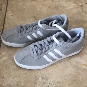 Adidas women's courtset sneakers grey white size 7